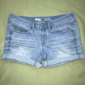 Mossimo Mid-Rise Midi Jean Shorts Size 0/25
